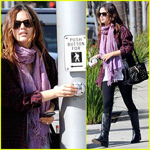 Rachel Bilson: Crosswalk Cutie