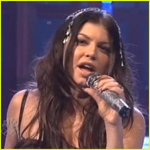 Fergie Meets Me Halfway at SNL