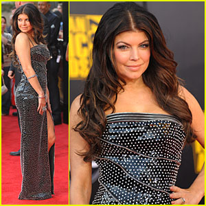 Fergie - AMAs 2009 Red Carpet