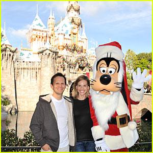 Hilary Swank & John Campisi: Goofy Group