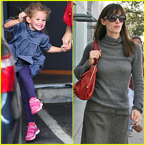 Jennifer Garner & Violet are Lucky Ladies