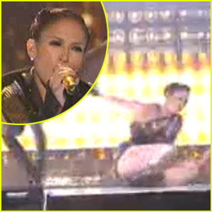Jennifer Lopez Falls Down, Busts Her Butt At AMAs