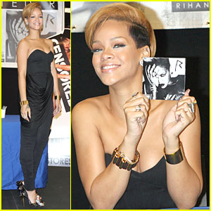 Rihanna is Autograph Signing Sweet