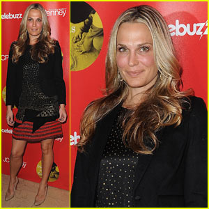 Molly Sims: I See You!