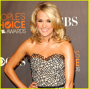 Carrie Underwood to Sing National Anthem at Super Bowl XLIV
