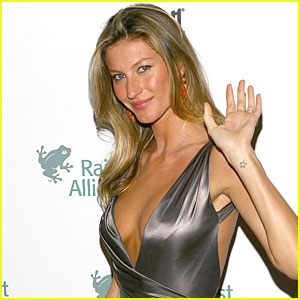 Gisele Bundchen: Back to Work After Water Birth
