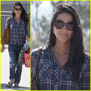 Olivia Munn is Pretty in Plaid