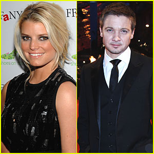 Jessica Simpson &#038; Jeremy Renner 'Flirting Up A Storm'?