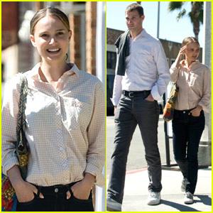 Natalie Portman Hits J's Kitchen
