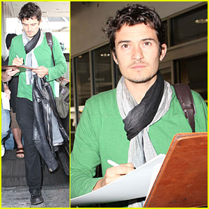 Orlando Bloom: Autographs on The Go!