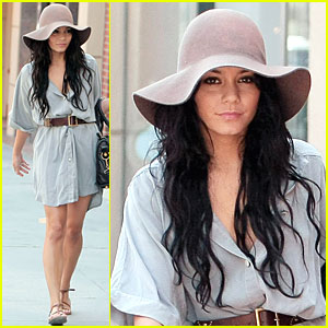 Vanessa Hudgens: Beverly Hills Hot!