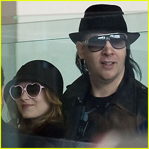 Evan Rachel Wood & Marilyn Manson Look Loved Up