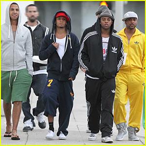 JLS: Roscoe's House Hotties