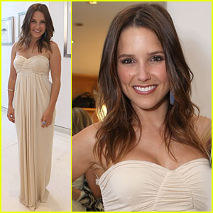 Sophia Bush Hosts Rachel Pally Party