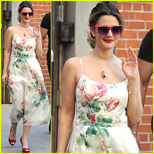 Drew Barrymore: Flower Power!