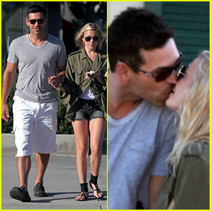 LeAnn Rimes &#038; Eddie Cibrian: Kissing Couple
