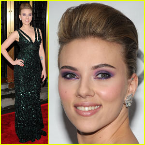 Scarlett Johansson - Tony Awards 2010 Red Carpet