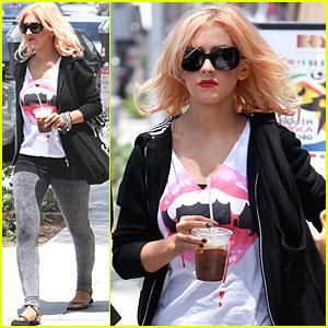 Christina Aguilera Vamps It Up