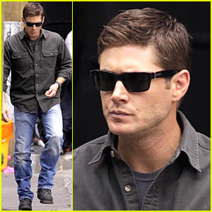 Jensen Ackles: Gummy Treats!
