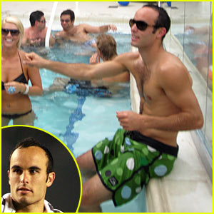 Landon Donovan: Shirtless Pool Time!