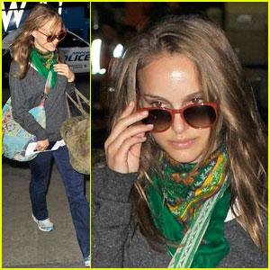 Natalie Portman: LAX Peek-A-Boo