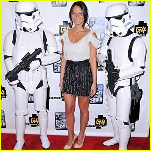 Olivia Munn: Stormtrooper Sandwich!