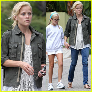 Reese Witherspoon & Ava Phillippe: Mother-Daughter Bonding