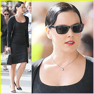 Abbie Cornish: W.E. Work in Paris!