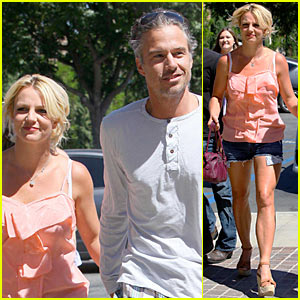 Britney Spears: M. Fredric Active with Jason Trawick!