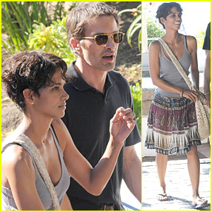 Halle Berry: Cape Town with Olivier Martinez!
