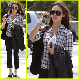 Jessica Alba: Santa Monica Meeting!