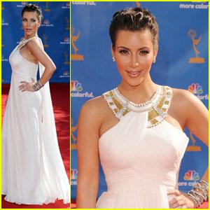 Kim Kardashian - Emmys 2010 Red Carpet