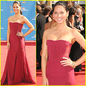 Olivia Munn - Emmys 2010 Red Carpet