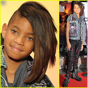 Willow Smith: Lace-Up Pants with Peekaboo Pink!