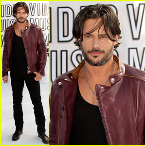Joe Manganiello - MTV VMAs 2010 Red Carpet