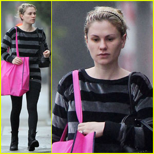 Anna Paquin: Pink Produce Bag Lady