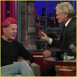 Bruce Willis Wears Meat Hairpiece  And David Letterman Eats It!