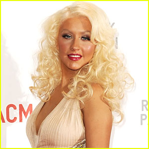 Christina Aguilera: Performing 'Burlesque' Number at 2010 AMAs!