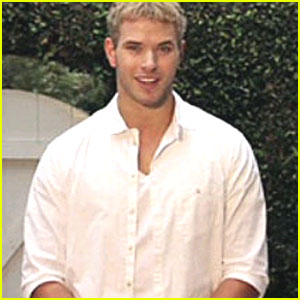 Kellan Lutz: Love is Louder!
