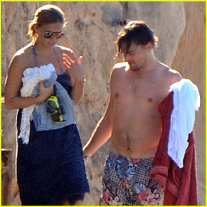 Leonardo DiCaprio: Ibiza with Bar Refaeli!