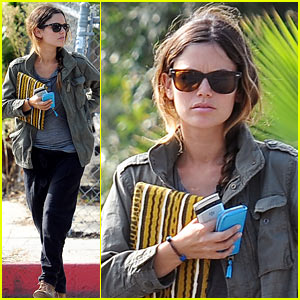 Rachel Bilson: Little Doms with Mom!
