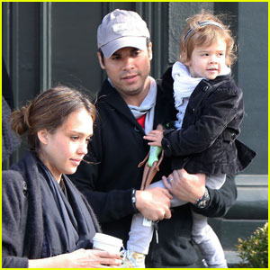 Jessica Alba & Cash Warren: Brentwood Breakfast at Tavern