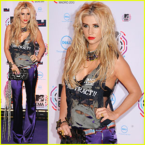 Ke$ha: MTV EMAs 2010 Best New Act!