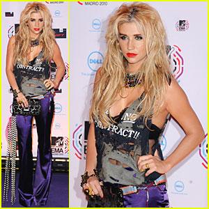 Ke$ha: MTV EMAs 2010 Best New Act!