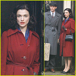 Rachel Weisz: Under 'The Deep Blue Sea'