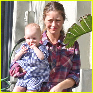 Rebecca Gayheart & Billie Wave Goodbye