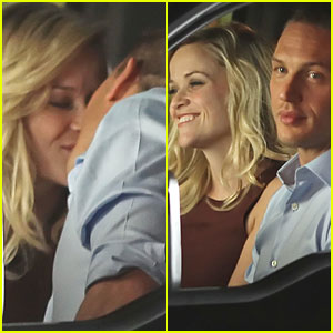 Reese Witherspoon & Tom Hardy: Kiss Kiss!