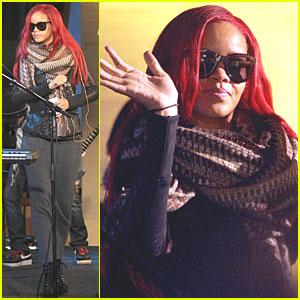 Rihanna: Good Morning America!