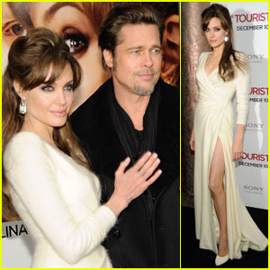Angelina Jolie: 'Tourist' Premiere with Brad Pitt!