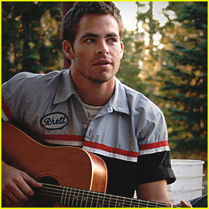 Chris Pine Sings 'Someday Came Today'
